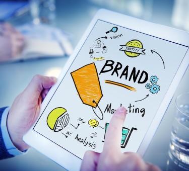 Как влияет бренд компании на стоимость ее акций