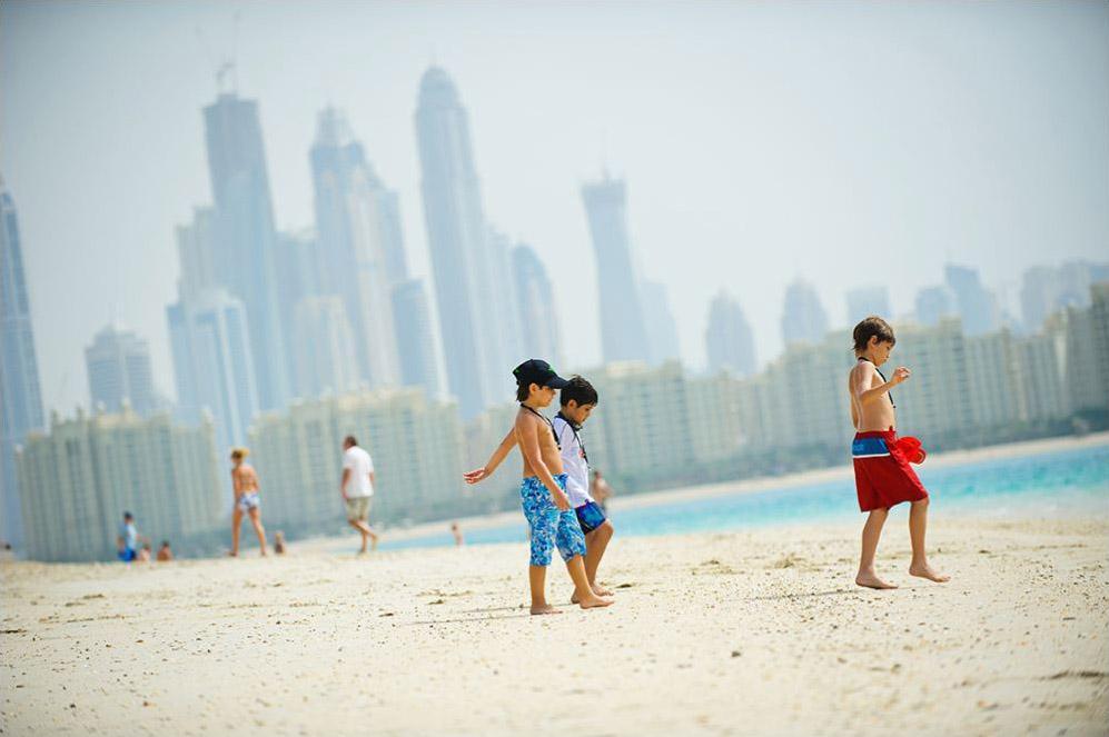 Как перевезти семью в ОАЭ