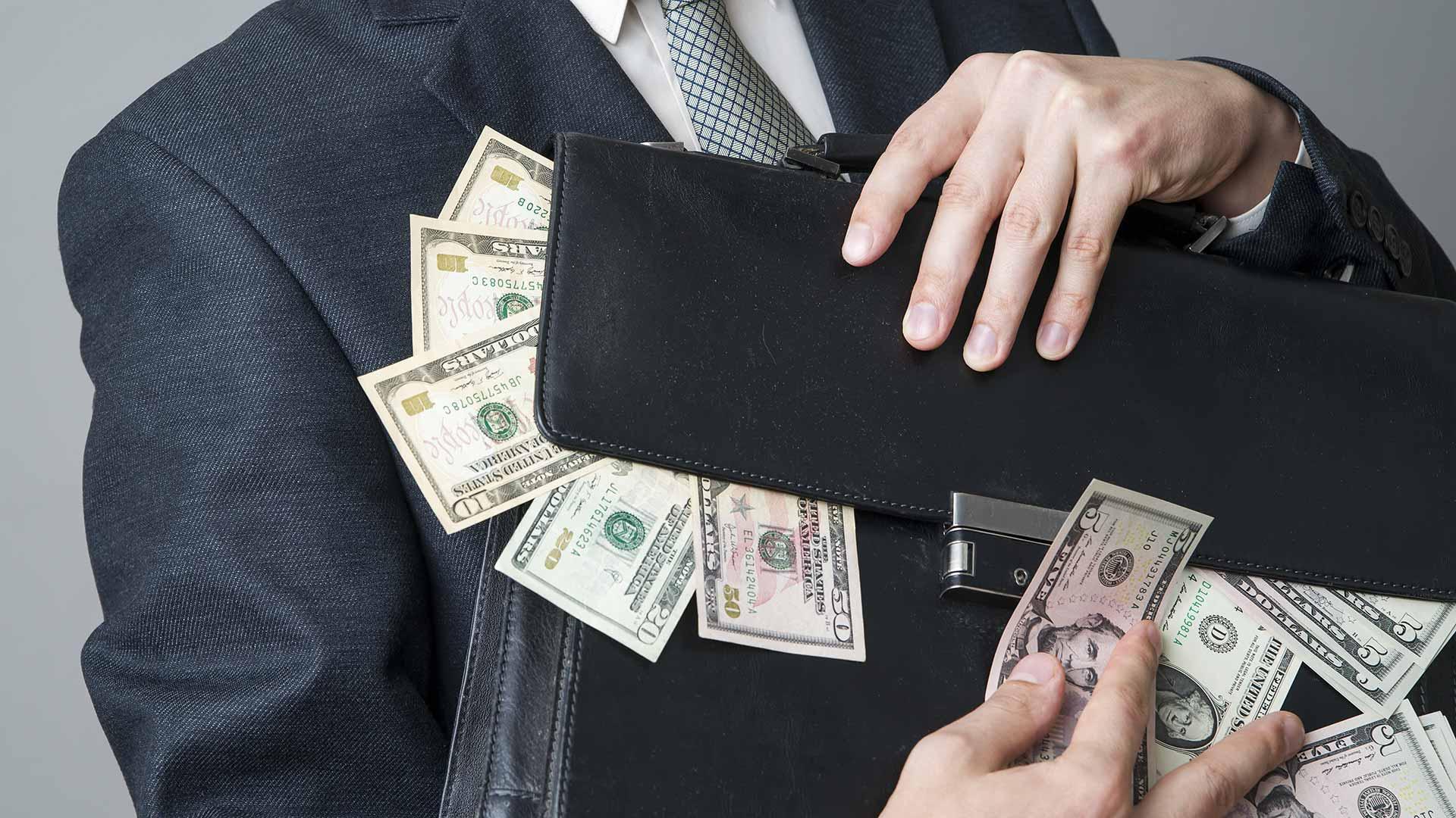 Способы вывода денег в оффшоры
