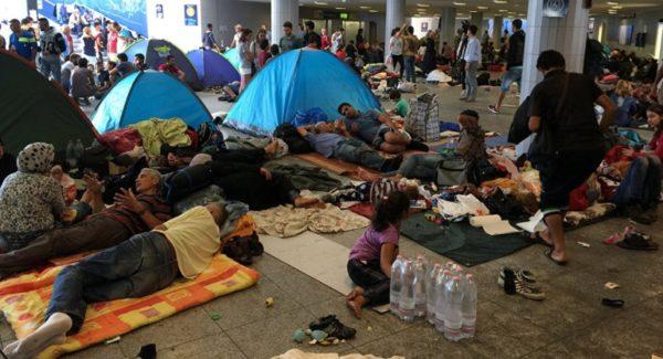 Палаточные городки в Румынии организованные для беженцев