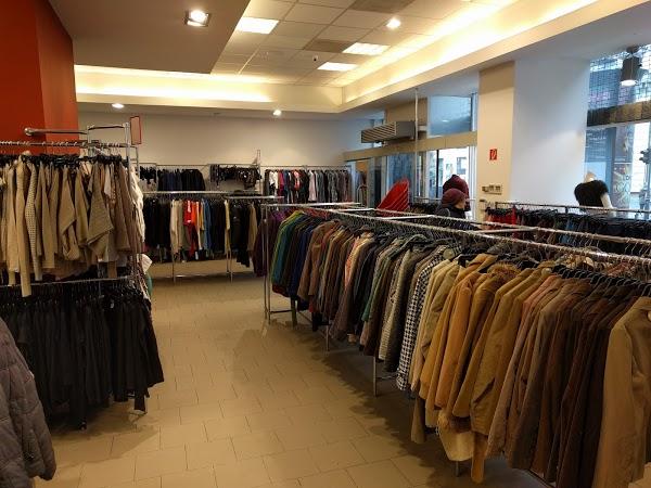 Покупка магазина одежды в Венгрии
