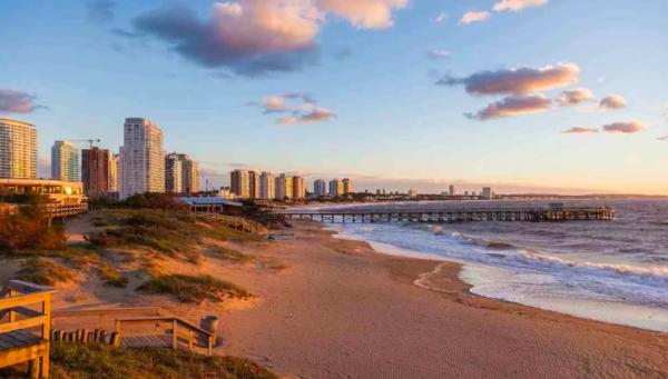 Программы переезда в Уругвай