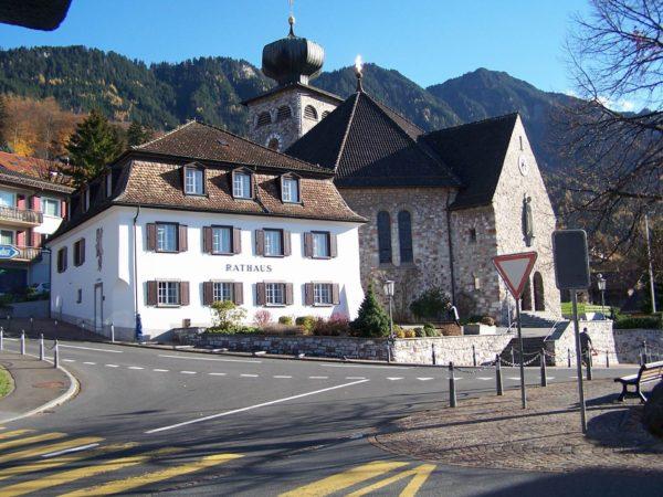 Как легально переехать в Лихтенштейн, основания для ПМЖ