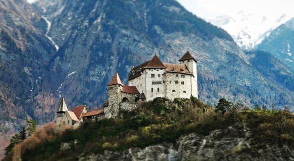 Основания для переезда в Лихтенштейн и оформления ПМЖ
