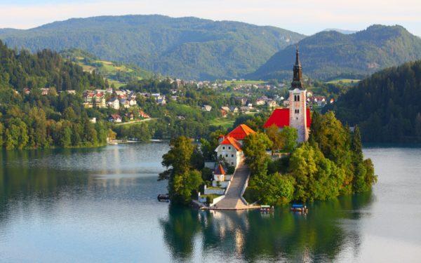 Основания для получения гражданства Словении