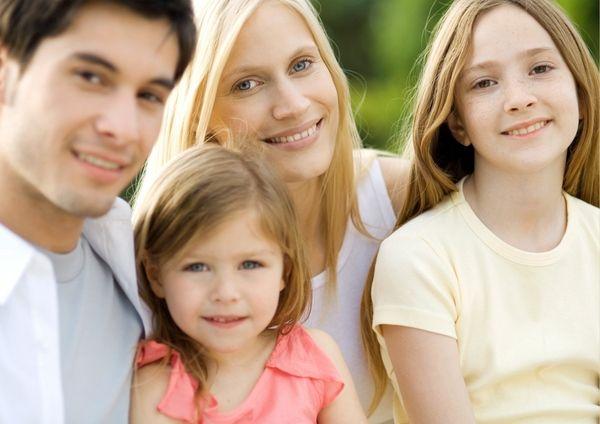 Факт воссоединения семьи в Испании является веским основанием для применения льготных условий при оформлении гражданства