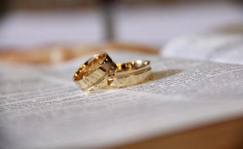 Заключение брака-популярный способ обретения вида на жительство в странах Европы