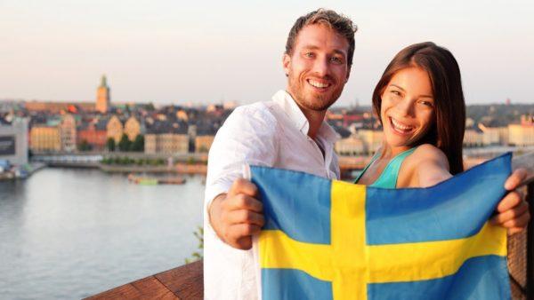 Воссоединение с семьей в Швеции