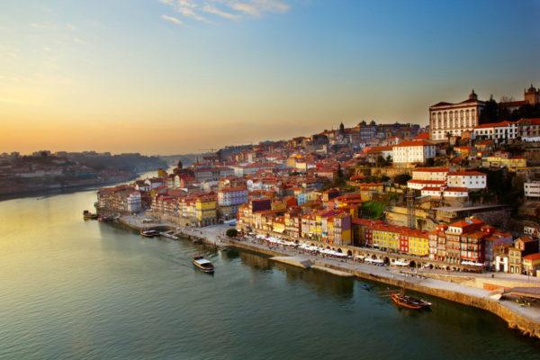 Переезд в Португалию на основании ПМЖ