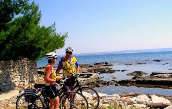 Аренда скутеров, велосипедов и иного спортивного инвентаря